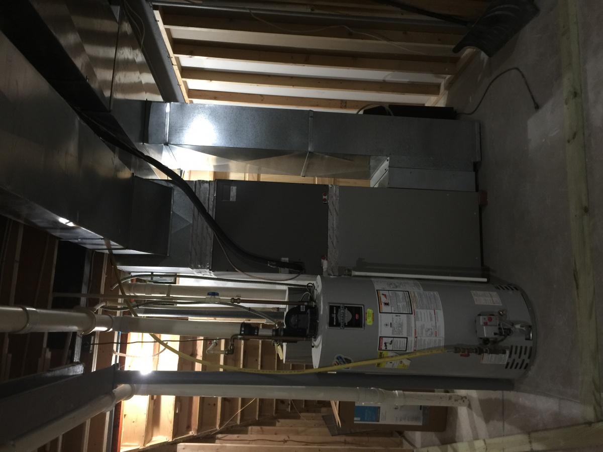 Help for framing utility room-img_1952.jpg