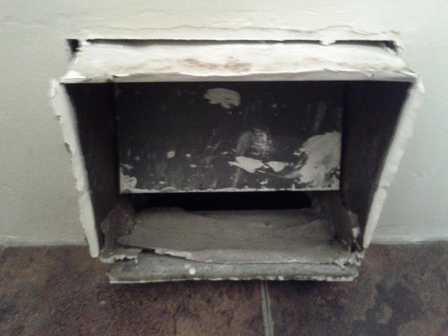 Need Advice, Bathroom Remodel, Vent Sticking Out of Wall-img_20120306_222416.jpg