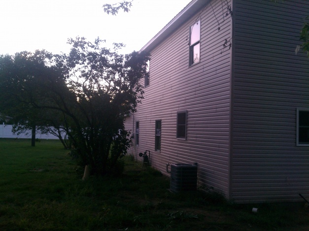 need ideas for curb appeal and such-img_20120910_194304.jpg