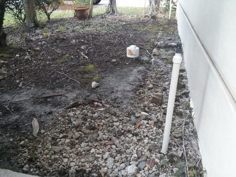 HELP: Standing water in front garden-img_20130111_101258.jpg