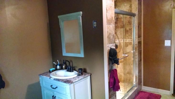 New bathroom-img_20140618_190510706.jpg