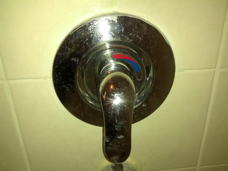 Help Identifying a shower faucet cartridge.. please..-img_20141222_120540.jpg