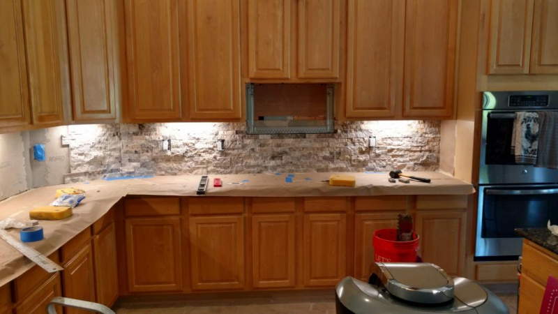 Redoing backsplash with stone, tape backerboard/drywall joints?-img_20170204_144627018_hdr_1486250574108.jpg