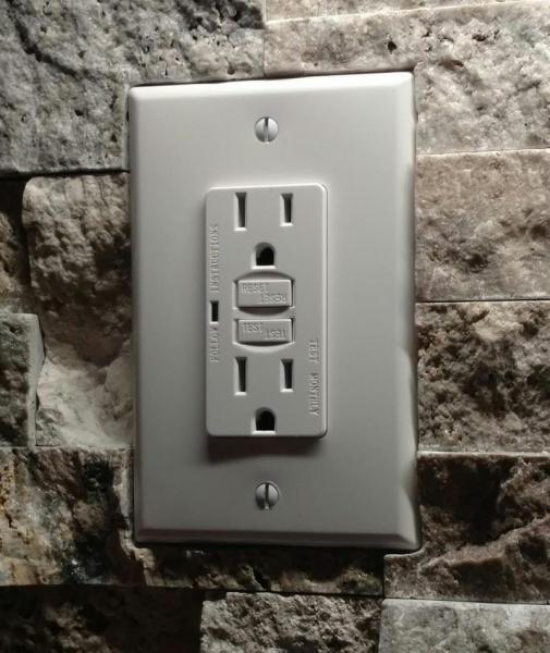 Redoing backsplash with stone, tape backerboard/drywall joints?-img_20170209_193613_1486694300219.jpg