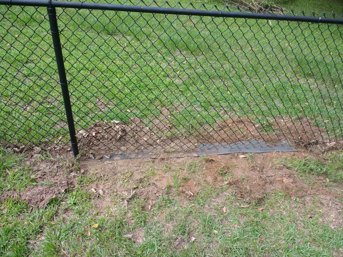 Fence Weed Barrier-img_20180613_095834.jpg