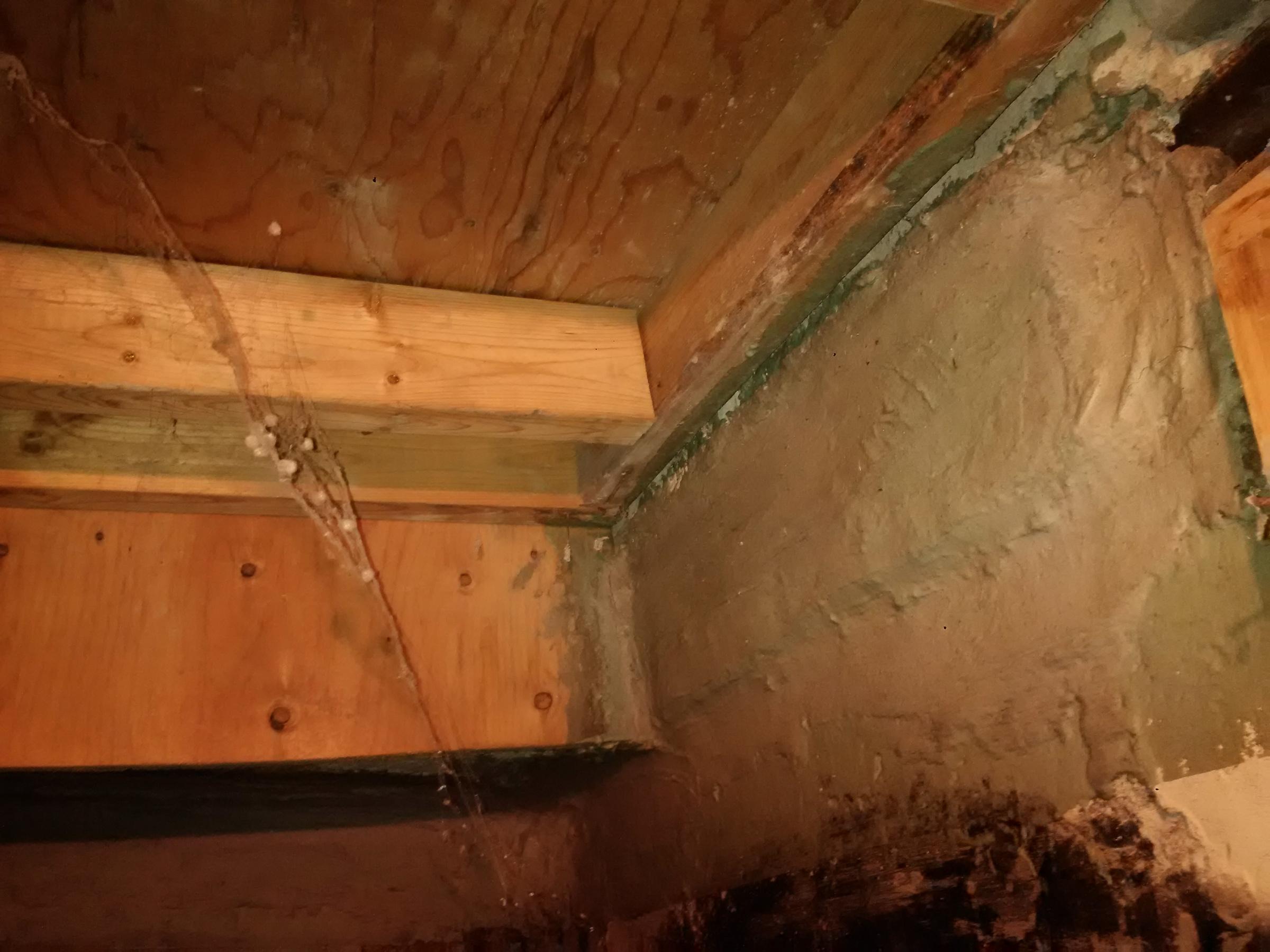 leak over cold room-img_20200628_105944.jpg