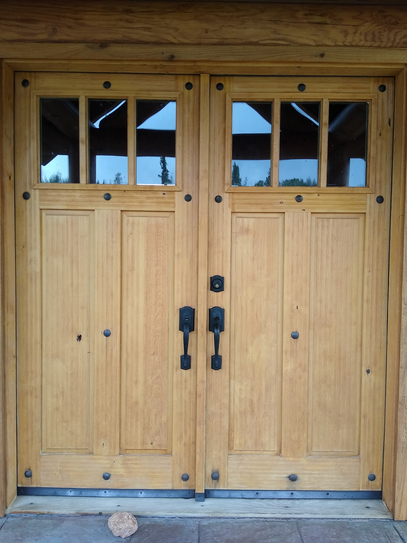 How to restain a wooden front door with rough texture-img_20200731_170717015.jpg