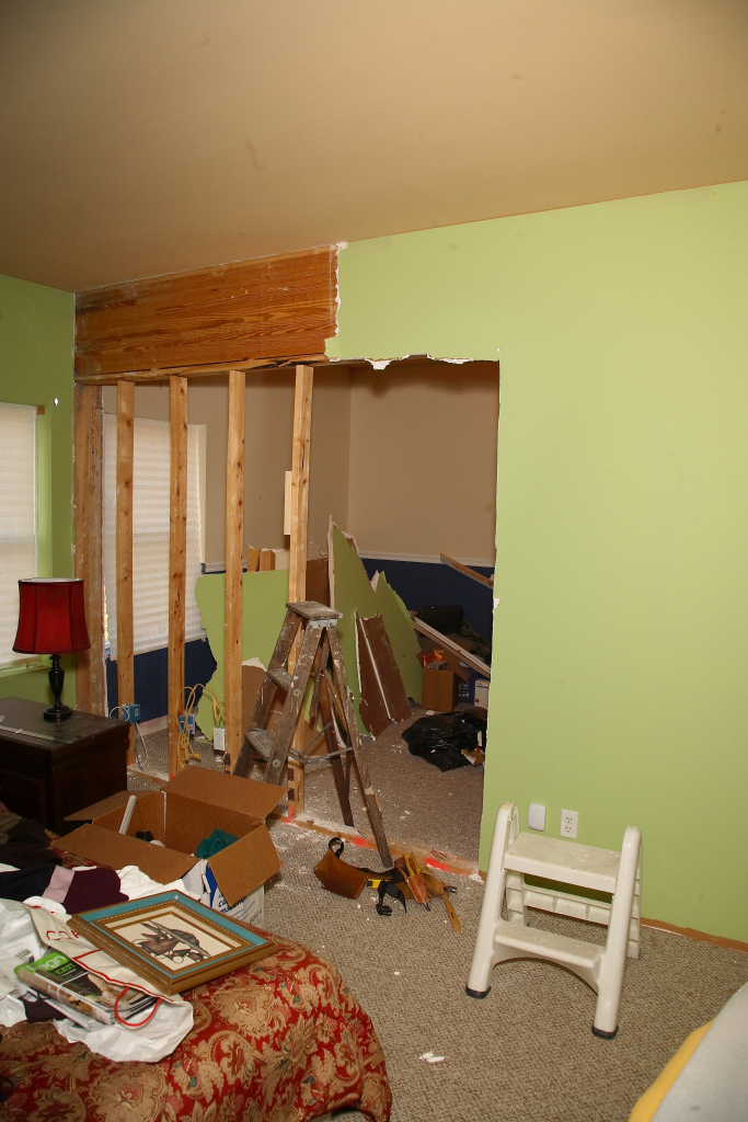 Convert bedroom into a bathroom?-img_2169.jpg