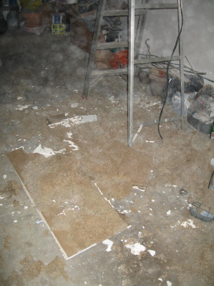 Is abestos present normally in homes built around 1979 to 1981? Pics included-img_2246.jpg