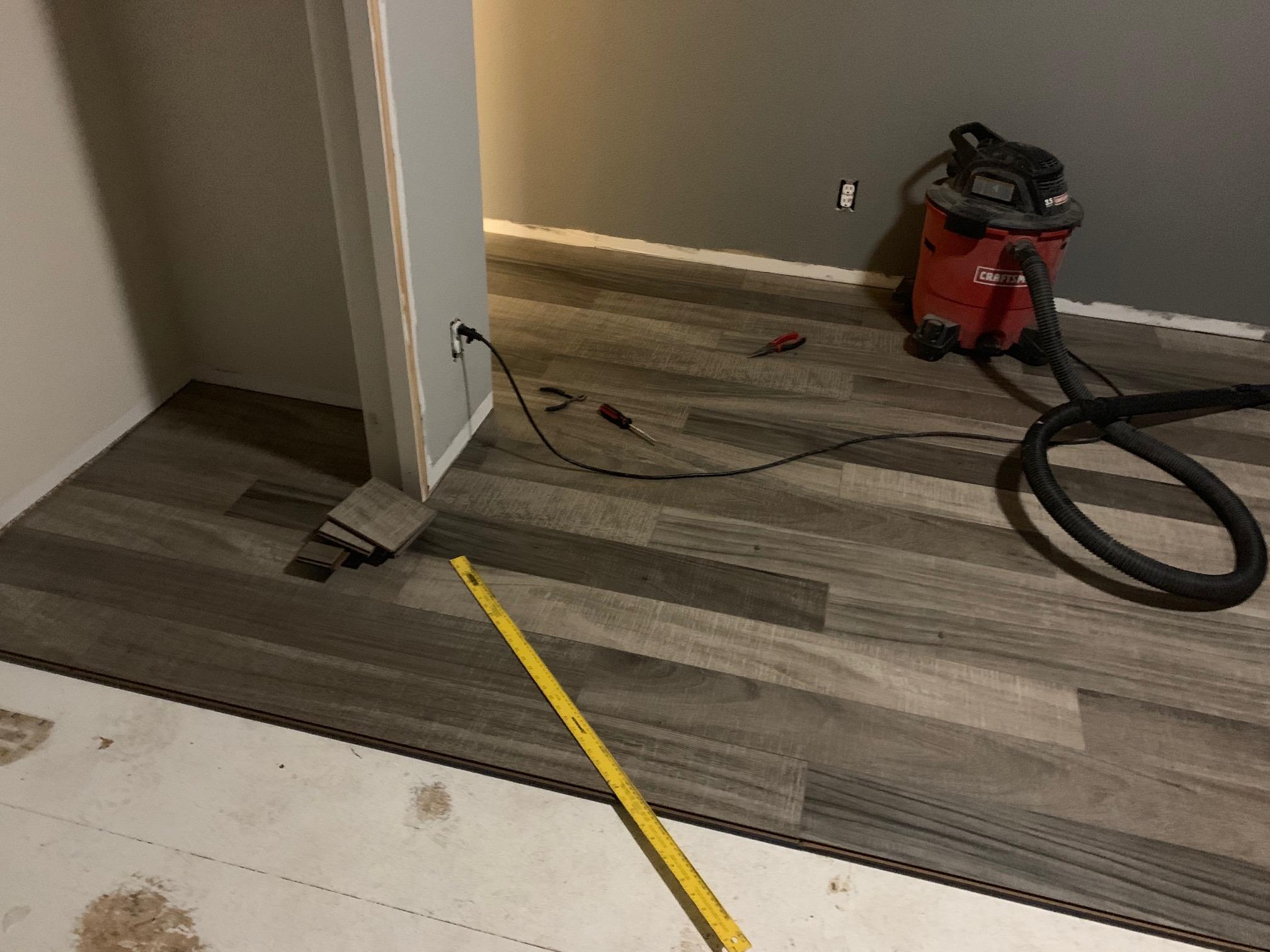Laminate flooring-img_2295.jpg