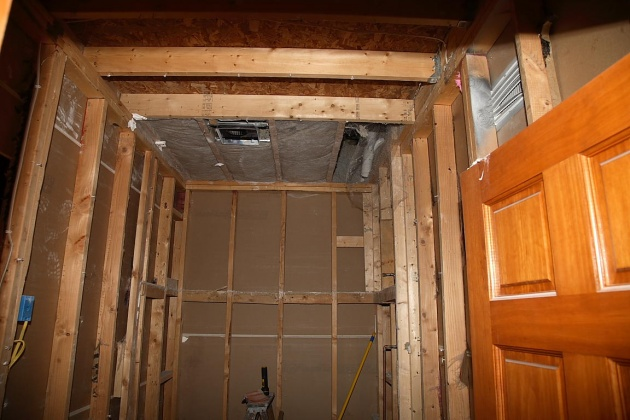 Need to put insulation back, what's best way?-img_2323.jpg
