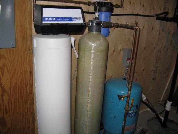 Need help with smelly and black well water!!-img_2366.jpg
