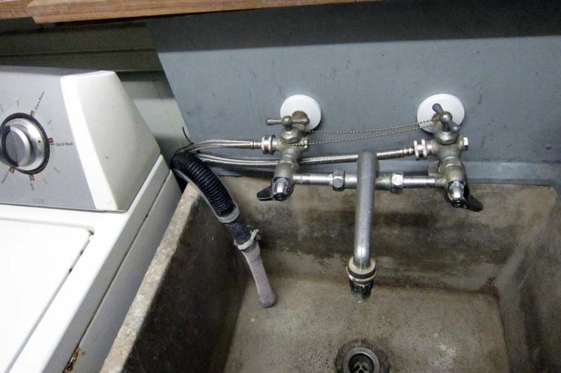 In-line water pressure reducer-img_2412-small.jpg