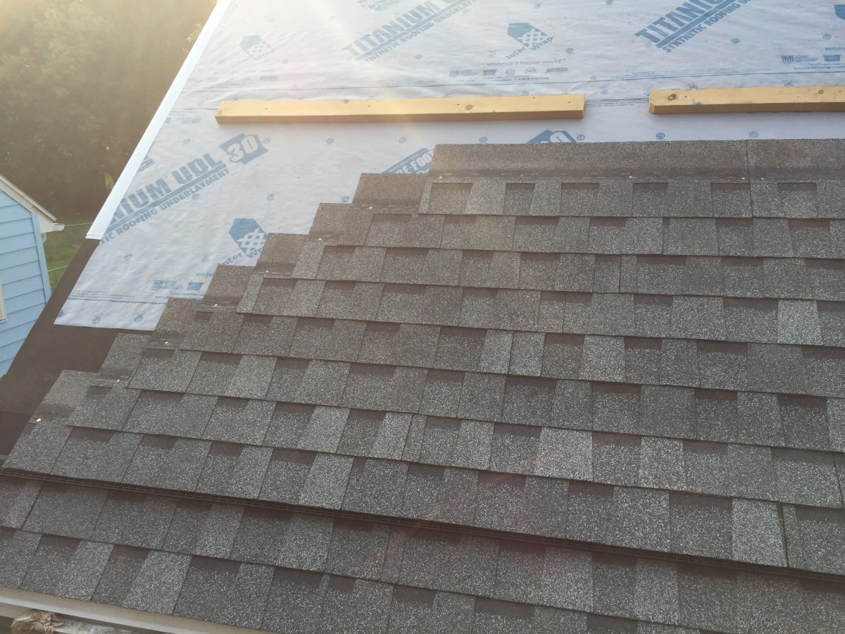 Under Shingle Vents Roofing Siding Diy Home