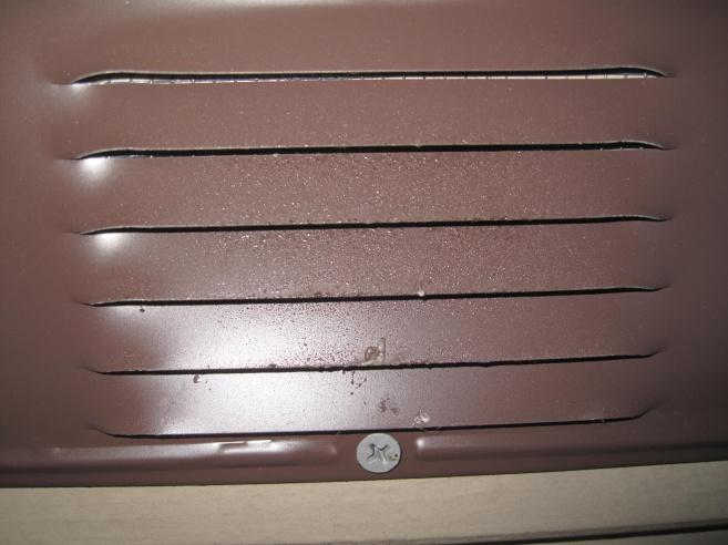 Aluminum undereave vent residue-img_2424.jpg