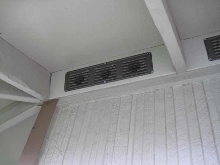 Aluminum undereave vent residue-img_2428.jpg