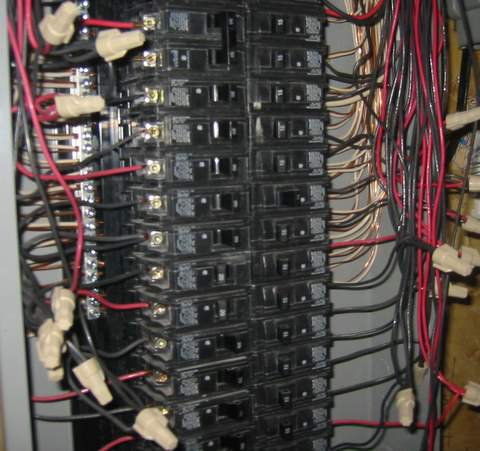 "I can ""double"" the wires to each breaker in my breaker panel right?-img_2494.jpg"