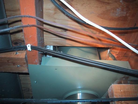 gap around attic entry of furnace flue-img_2724.jpg