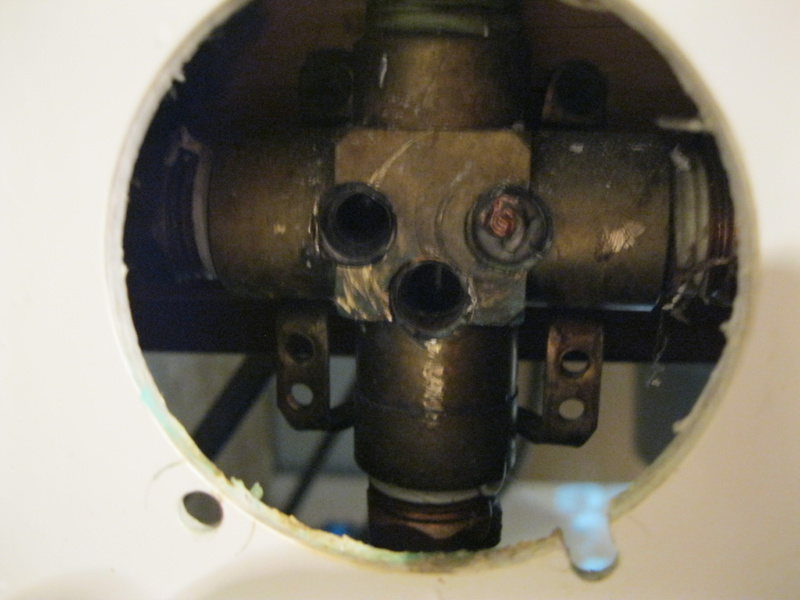 Help! Delta Mixing Valve Replacement Gone Wrong-img_2778.jpg