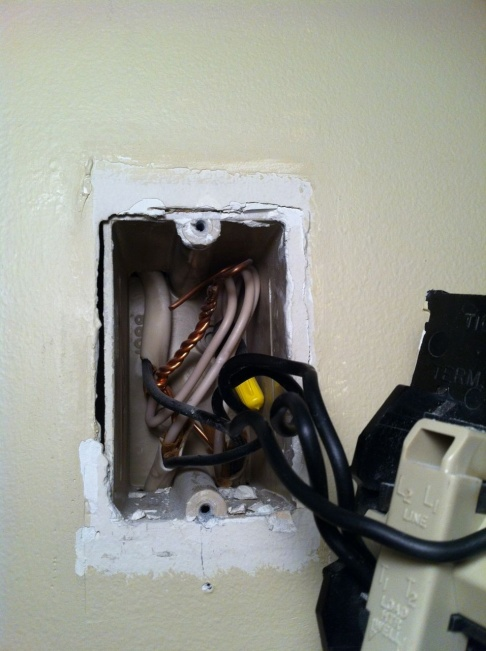 Wiring a Line Voltage Thermostat for Fan Forced Heaters-img_2790.jpg