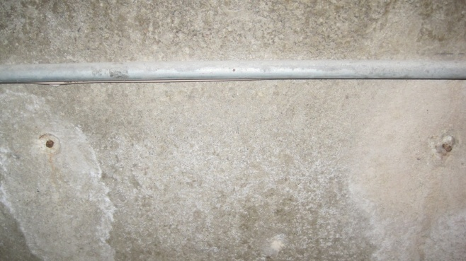 how to cut concrete metal bar?-img_2791.jpg