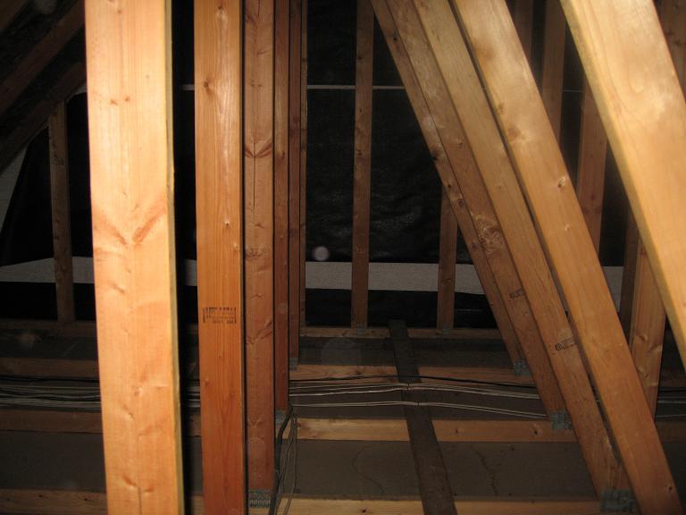Is this floor above garage weightbearing-img_2872d.jpg