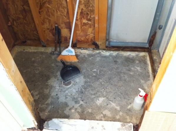 Removing tile from concrete floor-img_2883.jpg