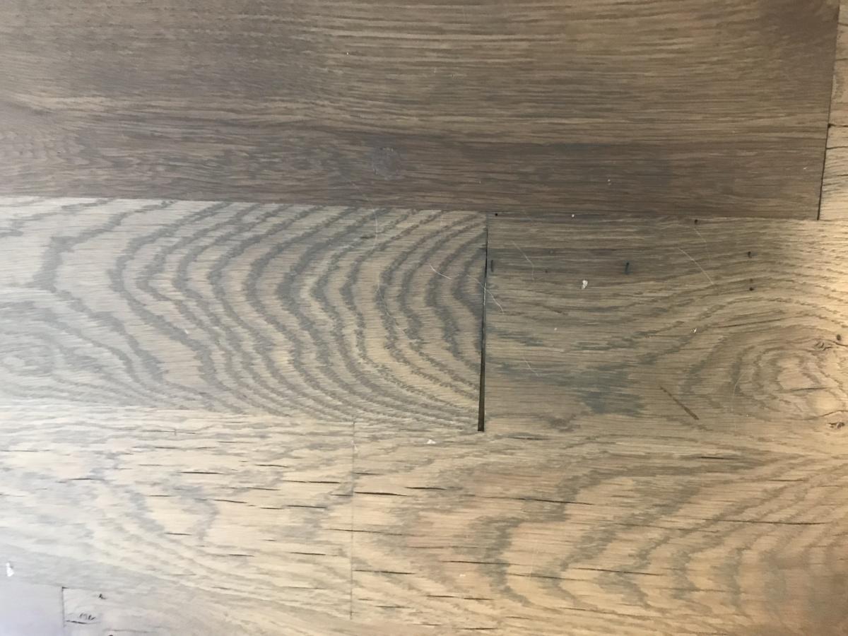 Cracking in Hardwood-img_2918.jpg