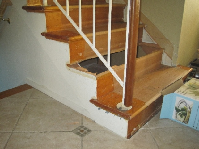 Should I replace wall skirt when installing new retro treads on existing stairs-img_3024.jpg