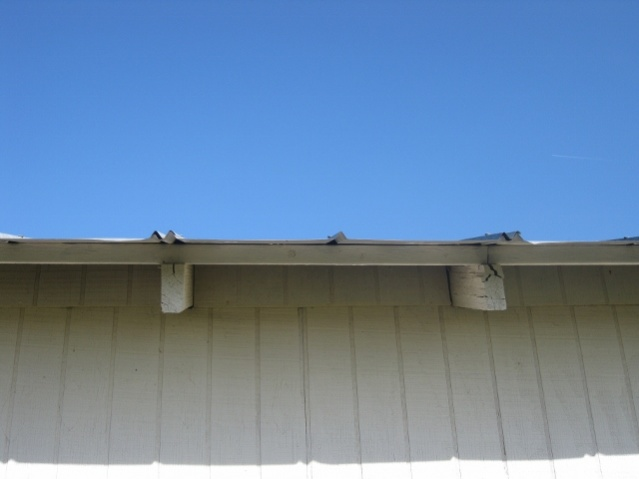 installing a metal roof on a shed-img_3064-640x480-.jpg