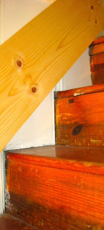 Stair Skirt Boards-Special Problem-img_3161.jpg