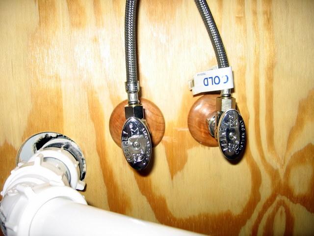 Stop valves in bathroom while drywalling-img_3175.jpg