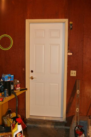 Todays Project - The new door from garage to porch-img_3834.jpg