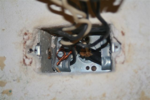 Changing an outlet, Grounding Procedure-img_3861.jpg