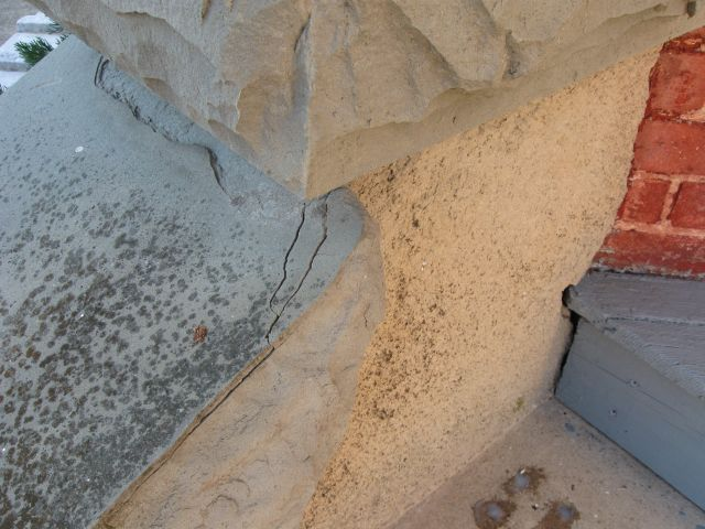 Slate wall cap flaking/cracking... how do I stop it?-img_3894.jpg