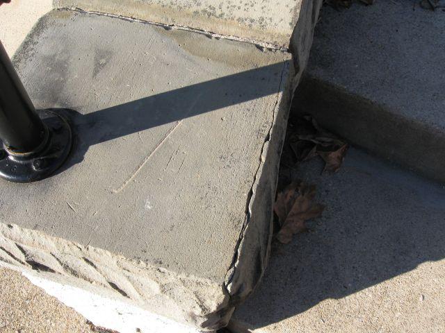 Slate wall cap flaking/cracking... how do I stop it?-img_3896.jpg