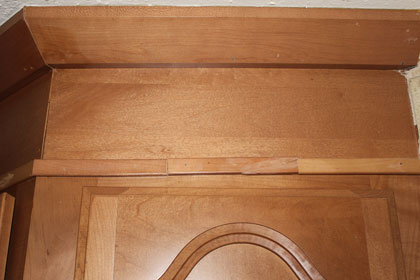 Bad install of kitchen cabinets-img_4230.jpg