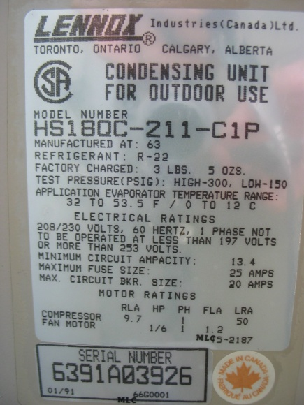 AC outside fan starts then off, this recurs over and over.-img_4642.jpg