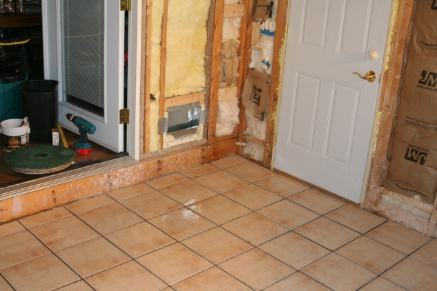 My First (ceramic) Tile Floor, all down, without grout-img_4782.jpg