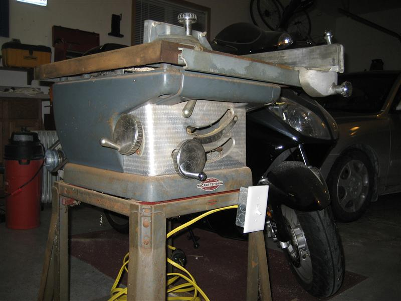 Ooooold table saw restoration.-img_4867-medium-.jpg
