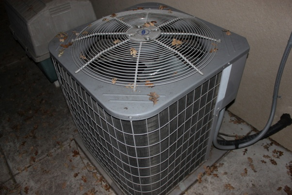 Help! My outdoor fan won't engage!!??-img_5773.jpg