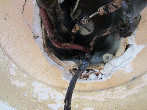 Re-wiring Kitchen Ceiling Fixture-img_6009.jpg