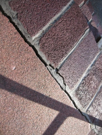 Repointing brick on front steps-img_6015.jpg