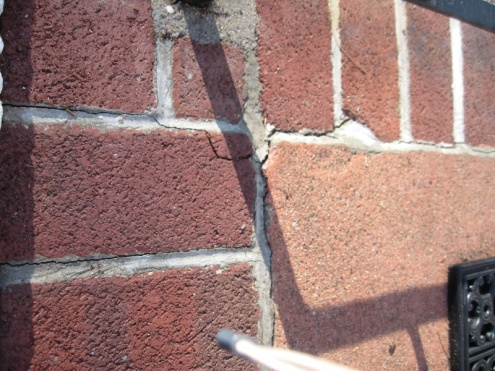 Repointing brick on front steps-img_6016.jpg