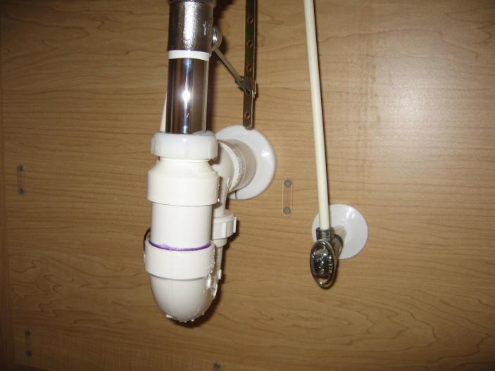 Trap Adapter Leak?-img_6165.jpg