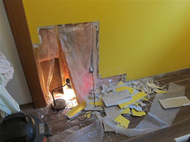 Damp drywall due to improper vapor barrier install?-img_6917-small-.jpg