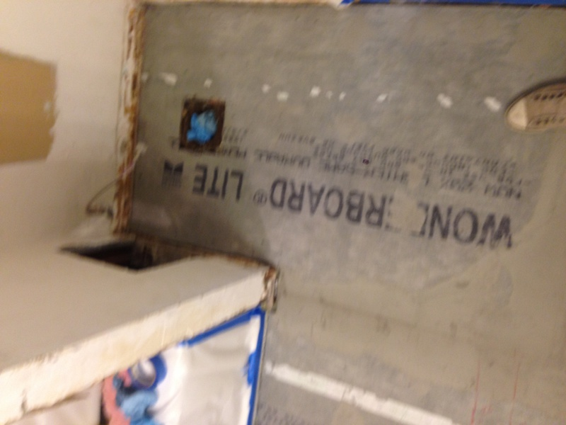 Tiling Bath Tub Surround- Regard? Tar Paper? Green Drywall
