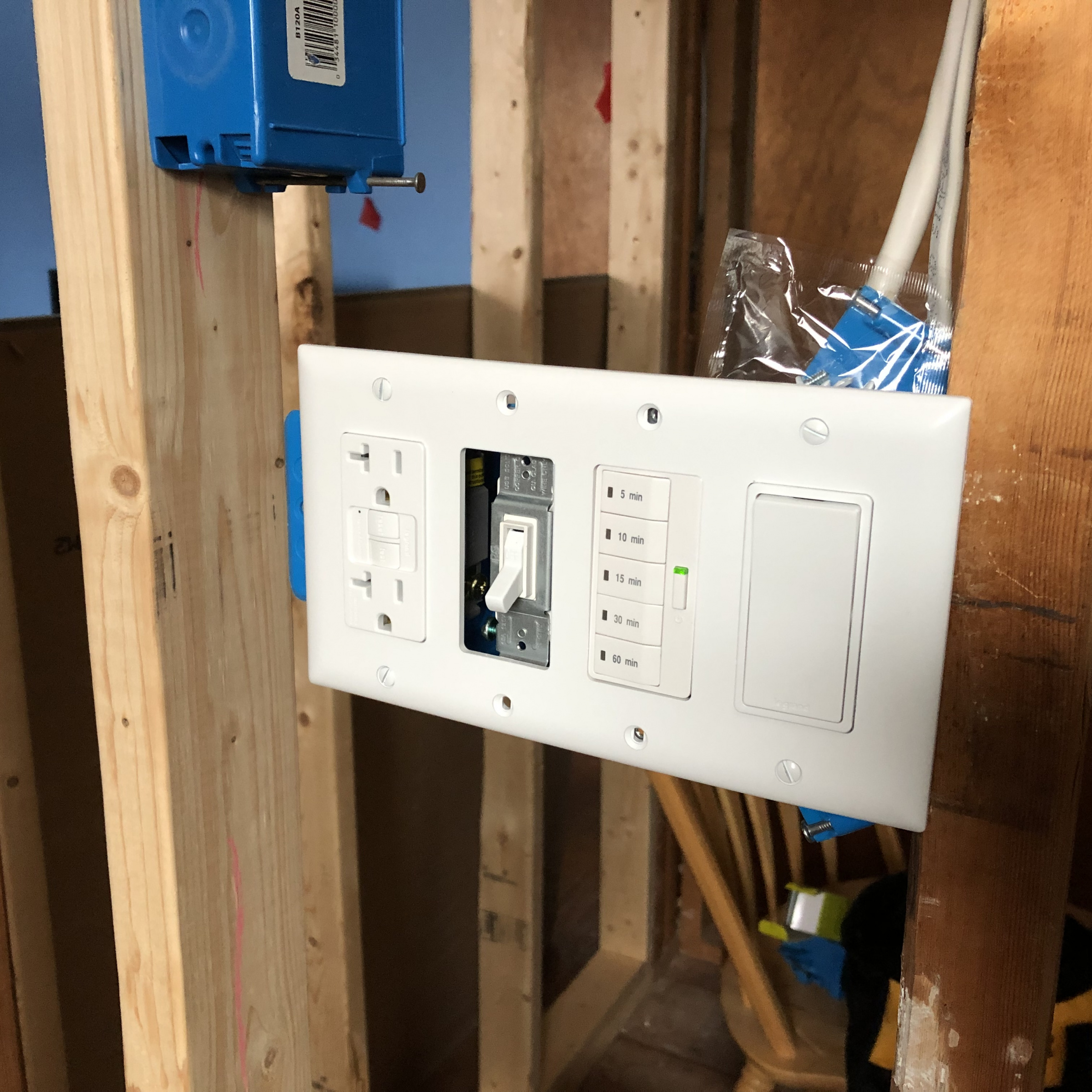 Toggle Switch to Decora Plate Adapter?-img_7357.jpg