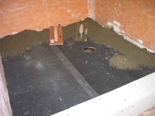 Shower floor pre pitch-img_7835.jpg