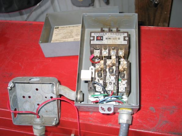 19142d1270186431 nice air auction air compressor img_8906 nice air auction air compressor!!! or is it? electrical diy champion air compressor wiring diagram at crackthecode.co